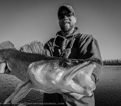 Walleye fishing on the Rainy River